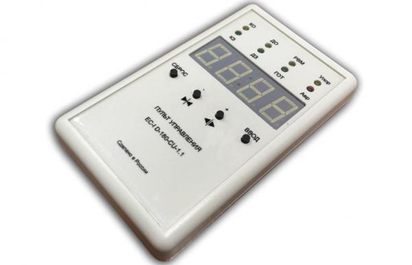 Пульт управления частотником лифта